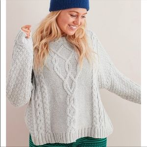 Aerie cable knit sweater in light grey